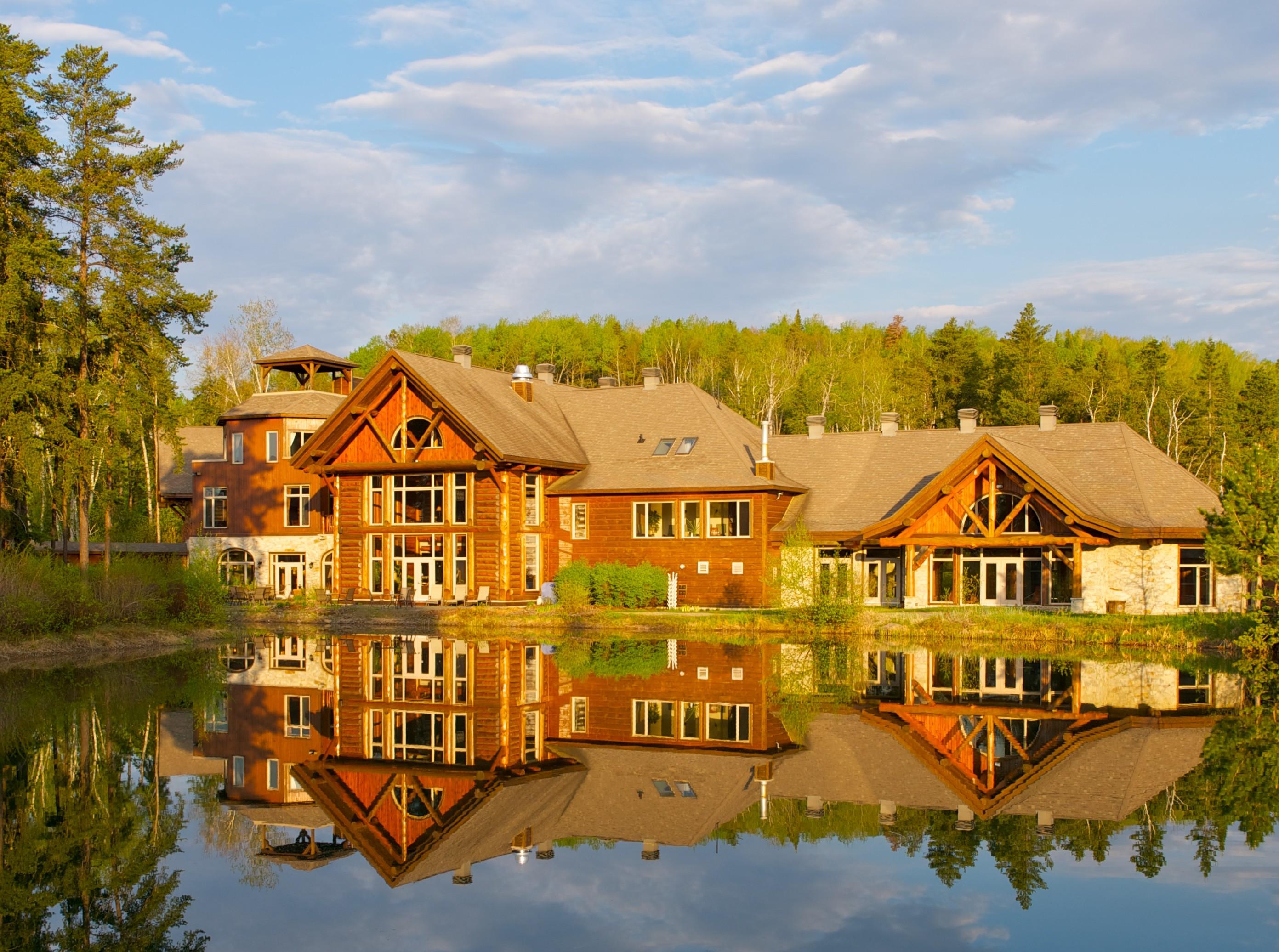 Auberge Lac Taureau